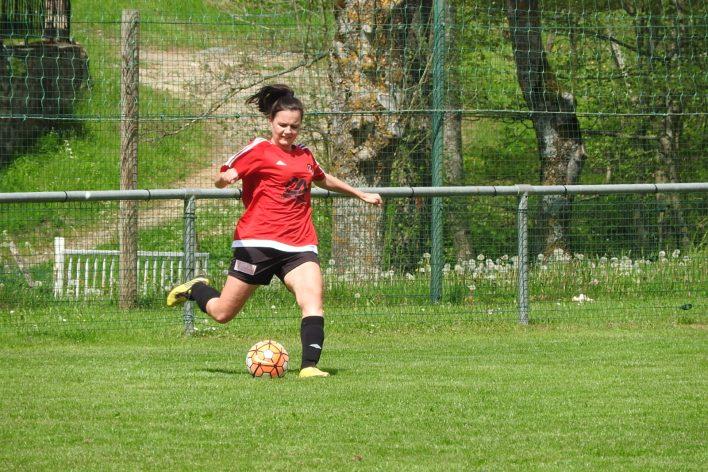 St-Julien-Le-Puy-Foot-19
