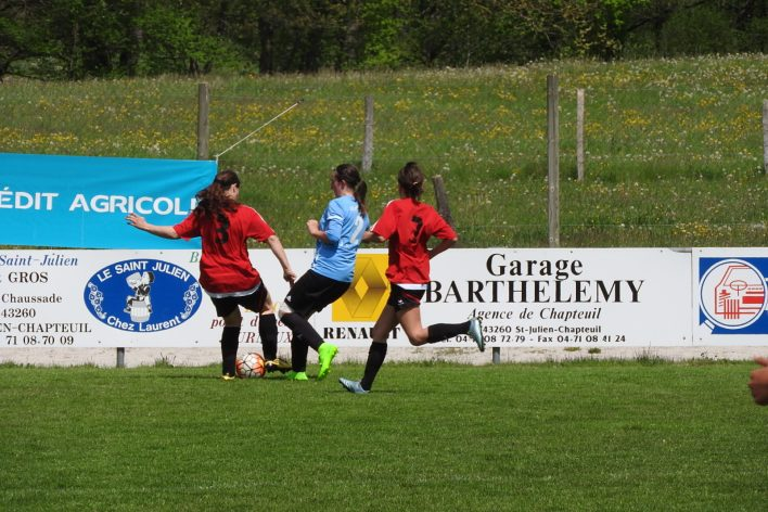 St-Julien-Le-Puy-Foot-21
